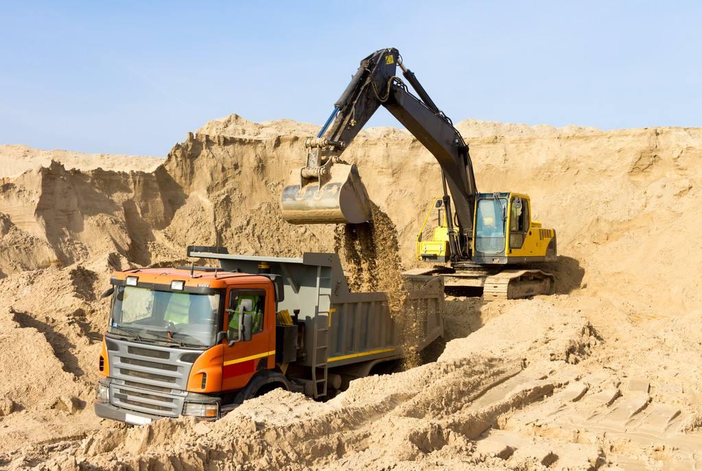 成都35挖掘机租赁