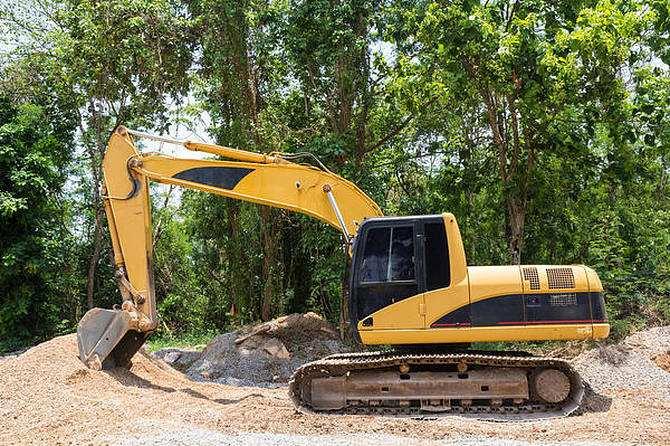 成都小型挖掘机租赁